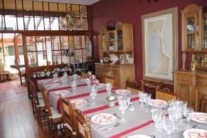 Een restaurant of ander eetgelegenheid bij B&B Het Loonderhof
