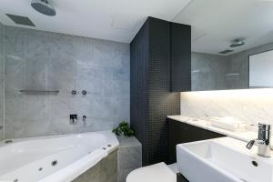 A bathroom at The Soho Hotel, Ascend Hotel Collection