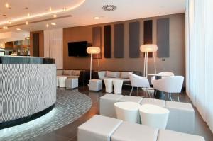 Лаундж или бар в Hilton Liverpool City Centre