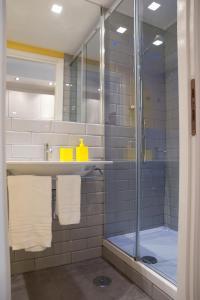 A bathroom at Secret Rhome Loft