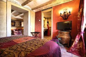 Кровать или кровати в номере La Posada del Marqués