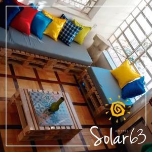 A kitchen or kitchenette at Solar63 Hostel Porto Alegre