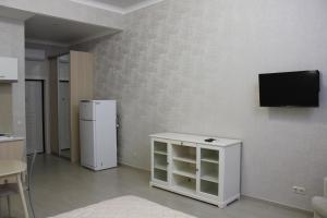 Телевизор и/или развлекательный центр в Apartment on Bytkha 20/4