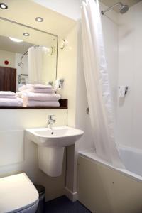 A bathroom at Blue Jay, Derby by Marston's Inns