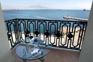 Ein Balkon oder eine Terrasse in der Unterkunft Eurostars Hotel Excelsior