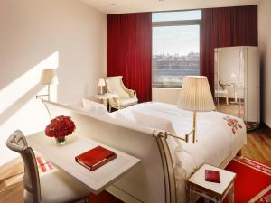 A bed or beds in a room at Faena Hotel Buenos Aires