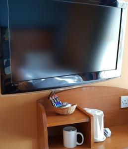 A television and/or entertainment center at Chatsworth Hotel