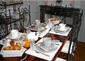 Restaurant ou autre lieu de restauration dans l'établissement La Demeure de Laclais