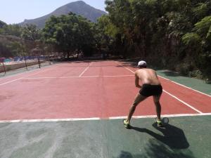 Съоражения за тенис и/или скуош в/до Florida Blue Bay Resort & Spa или наблизо