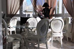 A restaurant or other place to eat at Princier Fine Resort & SPA
