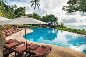 The swimming pool at or near Panviman Resort Koh Phangan