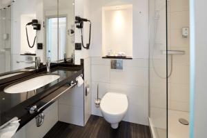 Ein Badezimmer in der Unterkunft Best Western Hotel Helmstedt am Lappwald