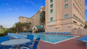 The swimming pool at or near The Florida Hotel & Conference Center in the Florida Mall
