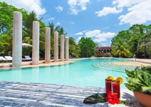 The swimming pool at or close to Hacienda Temozon a Luxury Collection Hotel