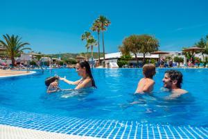 Piscina di Carema Club Resort o nelle vicinanze