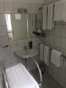 Ein Badezimmer in der Unterkunft Hotel Stadt Mainz