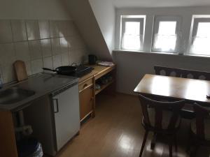 Küche/Küchenzeile in der Unterkunft Hotel Stadt Mainz