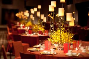 A restaurant or other place to eat at Grand Hyatt Guangzhou