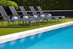 The swimming pool at or close to Hyatt Regency Perth