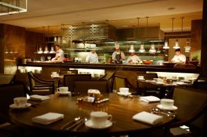 A restaurant or other place to eat at Hyatt Regency Perth