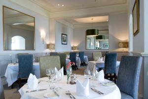 A restaurant or other place to eat at Mullion Cove Hotel & Spa