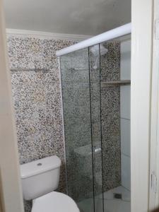 A bathroom at Pousada Lua Rosa