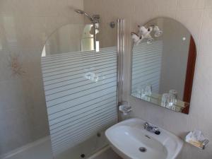 Un baño de Hotel Vimar