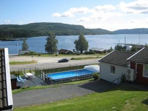Utsikt över poolen vid Dockstabaren Hotel eller i närheten