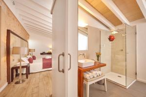 Un baño de Bennoc Petit Hotel