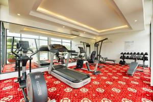 The fitness centre and/or fitness facilities at Muong Thanh Holiday Ly Son