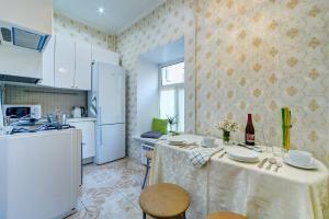 Кухня или мини-кухня в The Novel