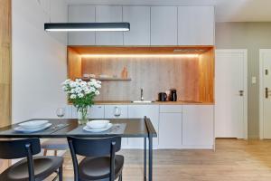 Kuchnia lub aneks kuchenny w obiekcie Blue Mandarin Riverside