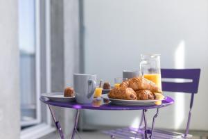 Options de petit-déjeuner proposées aux clients de l'établissement La Marquise - Ségur