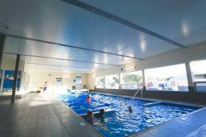 The swimming pool at or near Discovery Parks – Robe