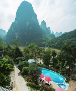 A view of the pool at Li River Resort or nearby