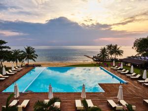 The swimming pool at or close to Chen Sea Resort & Spa Phu Quoc
