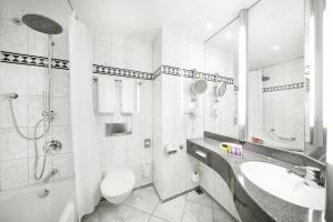 Ein Badezimmer in der Unterkunft pentahotel Gera