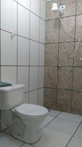 A bathroom at Hostel Ilhéus