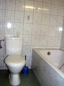Salle de bains dans l'établissement Le Soleil