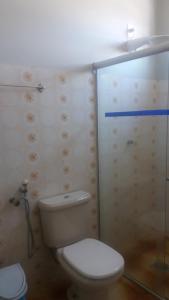 A bathroom at Veneza Plaza Hotel