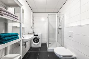 A bathroom at Vakantieappartementen centrum Oudewater