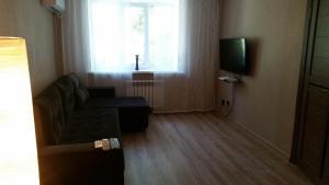A seating area at Apartments on Ahmetova 4