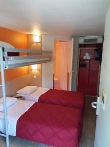 Un ou plusieurs lits superposés dans un hébergement de l'établissement Premiere Classe Lyon Ouest - Tassin