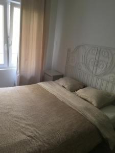 Een bed of bedden in een kamer bij apartment Seaside