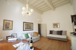 Area soggiorno di Soderini Palace