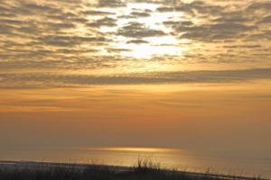 De zonsopgang of zonsondergang vanuit de homestay