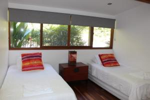 A bed or beds in a room at 194 Balraith Lane Ewingsdale - Harika