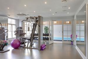 The fitness center and/or fitness facilities at Angleterre Hotel