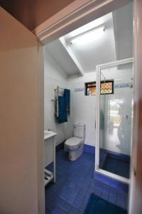 A bathroom at The Sanctuary at Trinity Beach