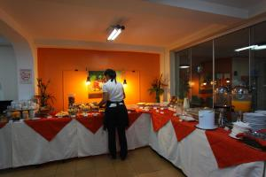 A restaurant or other place to eat at Hotel Mato Grosso